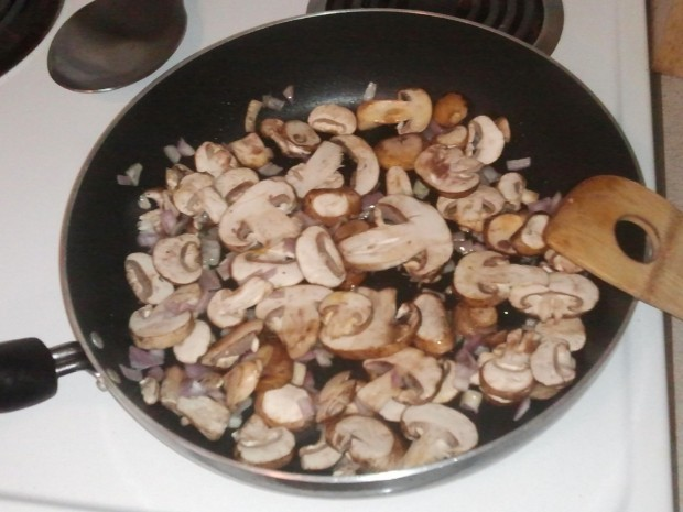 Chicken recipe with mushrooms